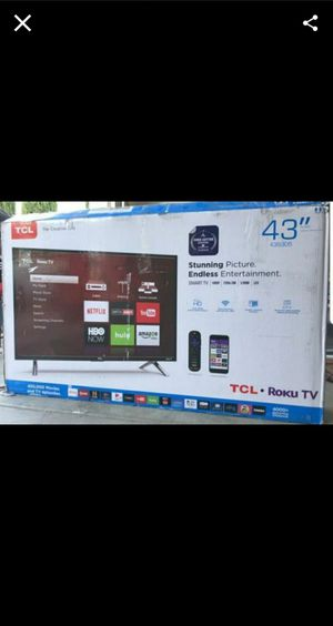 """43S423 43"""" TCL UHD 4K SMART ROKU TV for Sale in Bloomington, CA"""