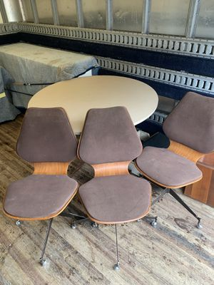 Vintage RARE MIDCENTURY MODERN suede/wood dining chair on wheels & table for Sale in Monroeville, PA