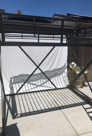 Loft metal bed for Sale in Fresno, CA