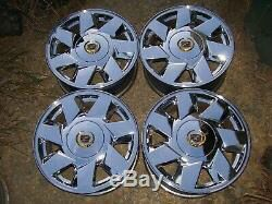 Set of 4 17in Cadillac chrome rims for Sale in Des Moines, IA