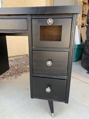 Desk for Sale in Queen Creek, AZ