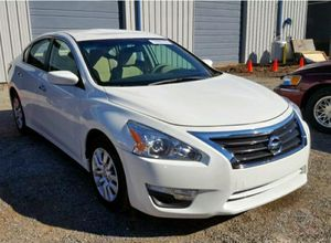 2015 Nissan altima type S 90k.. runs like new Saves alot on gas. for Sale in Hickory, NC