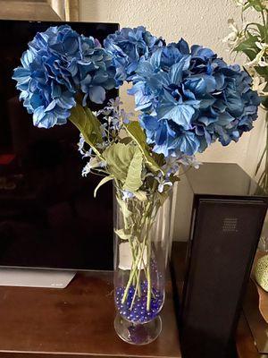 Artificial silk flowers for Sale in Las Vegas, NV