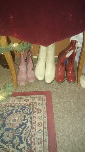 Size 6 girls boots..good condition for Sale in Odessa, TX