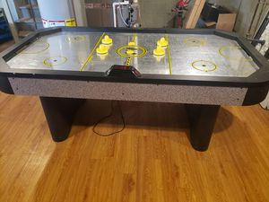AIR HOCKEY TABLE for Sale in EASTAMPTN Township, NJ