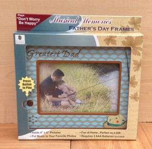 """PLANET HOME Musical Memories 4"""" x 6"""" Father's Day Picture Frame for Sale in Adelphi, MD"""