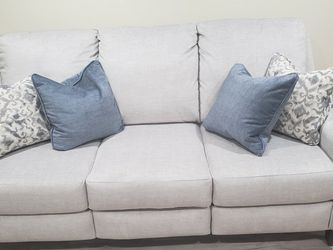 Brand new reclining sofa and love seat from Raymore and Flanagan for Sale in Willingboro,  NJ