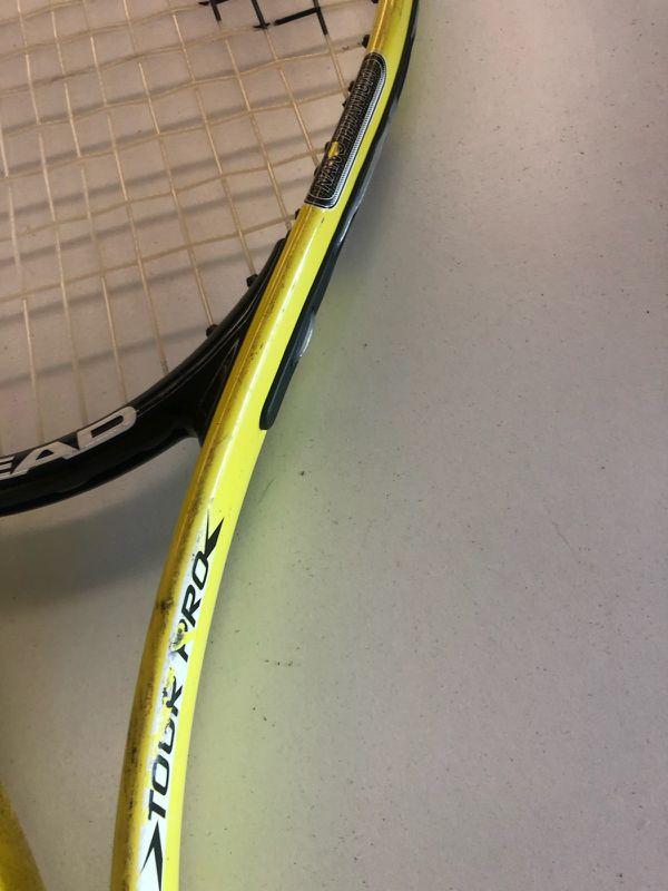 Tour pro tennis racket