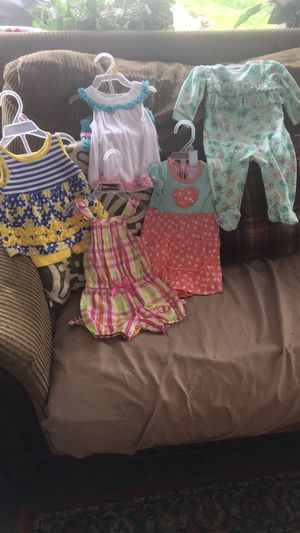 3/6 month old girls clothes for Sale in Greenville, MS