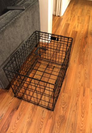 Double door crate size small for Sale in Pembroke Pines, FL