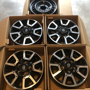 """2014 Tundra OEM Wheels 18"""" for Sale in Mission Viejo, CA"""