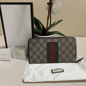 Authentic Gucci Wallet for Sale in Glendora, NJ