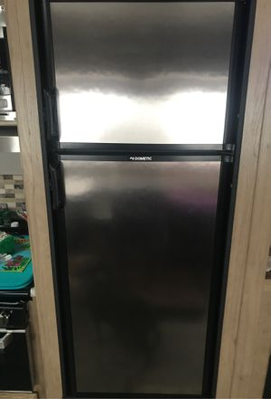 RV Refrigerator Dometic DM2852rbx( Still in trailer to see ) for Sale in Clermont, FL