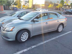 Nissan Sentra 2013 título limpio for Sale in San Diego, CA