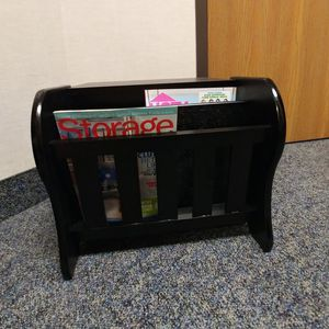 Magazine Rack Table for Sale in Troy, MI