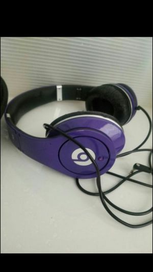 beats by Dr Dre wire headphones for Sale in Las Vegas, NV