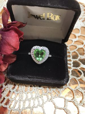 Beautiful Sterling silver Peridot stone Crystal Ring Sz9 for Sale in Lombard, IL