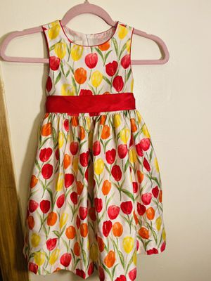 Little girl flower dress for Sale in Chicago, IL
