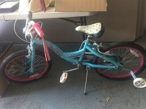 Girls 20 in bike for Sale in West Mifflin, PA