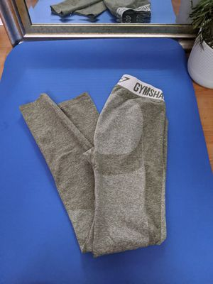 Gymshark leggings medium flex for Sale in Tacoma, WA