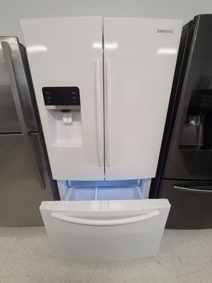 Samsung French door refrigerator used good condition with 90day's warranty for Sale in Hyattsville, MD