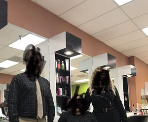 White Salon Stations with Lights for Sale in Stone Mountain, GA