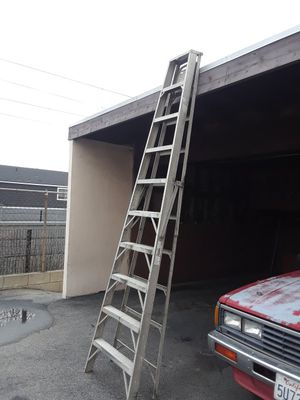 10 feet aluminium step ladder for Sale in Irwindale, CA