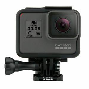 GoPro Hero 5 Black for Sale in San Francisco, CA