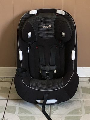 LIKE NEW SAFETY 1ST CONVERTIBLE CAR SEAT for Sale in Jurupa Valley, CA