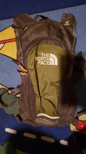 Norh face dogfish hydration backpack for Sale in New York, NY