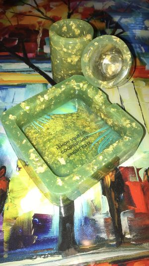 Lemon squeeze ashtray set for Sale in Mableton, GA