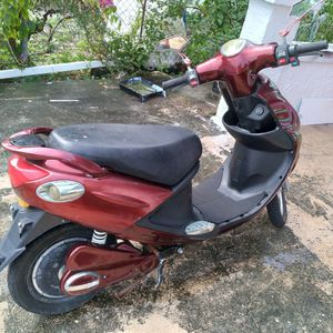 Electric Scooter for Sale in Miami, FL