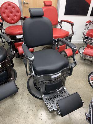 BarberPub Heavy Duty Vintage Barber Chair All Purpose Hydraulic Recline Salon Beauty Spa Equipment 3850 Black for Sale in Commerce, CA