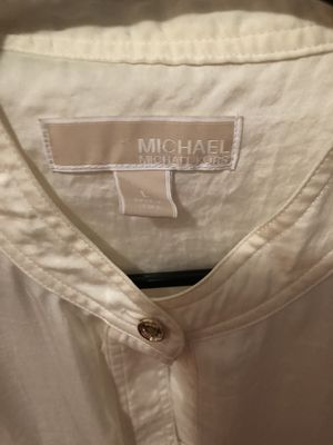 Michael Kors women's tops size L never used for Sale in Bronx, NY