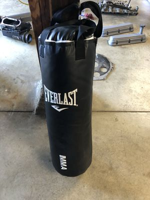 Everlast punching bag for Sale in Colma, CA
