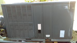 Air conditioning unit 5 ton heat pump used for Sale in Glendale, AZ