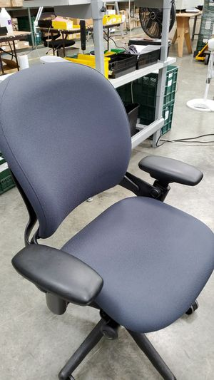 Office chair for Sale in Harbor City, CA