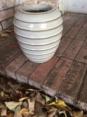 Flower Pot for Sale in Fort Worth, TX