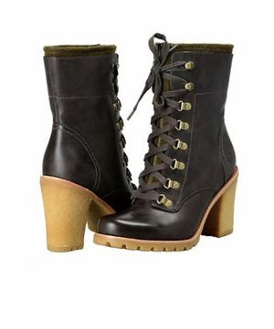 Used, Ugg Women's size 8 boots for Sale for sale  Brookline, MA