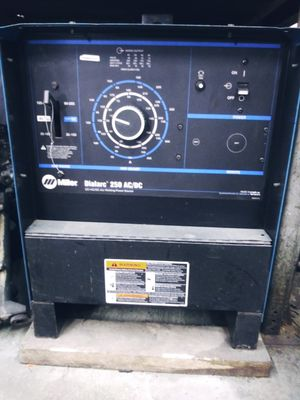 Miller Dialarc 250 ****No leads included welder only**** for Sale in Pinellas Park, FL