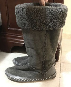 Authentic Grey Tory Burch boots(UGG style boots) for Sale in Melrose, TN