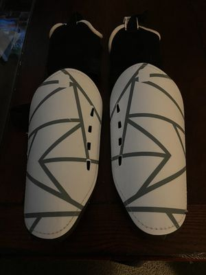 DSG Adult Ocala Soccer Shin Guards for Sale in Clinton Township, MI
