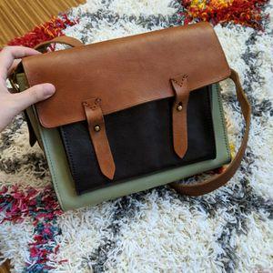 Madewell messenger shoulder bag for Sale in Cambridge, MA