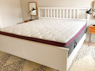 Helix Dusk Luxe King Mattress - Must Go! for Sale in Columbia,  MD