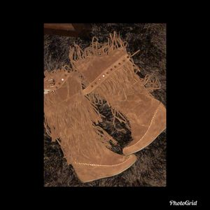 Fringe boots size 10 for Sale in Jackson, MS