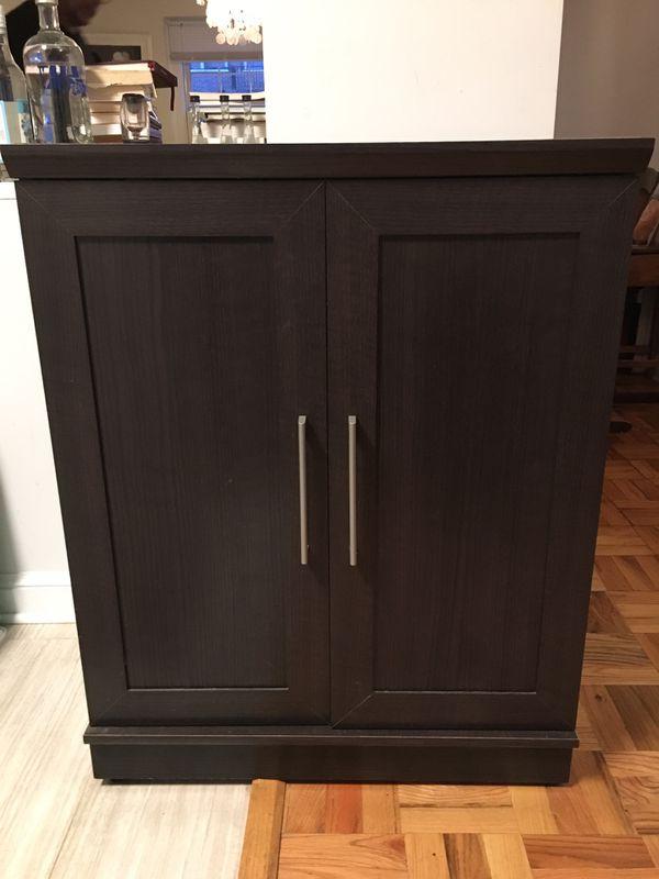 Storage cabinet. Great condition