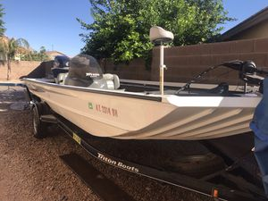 2004 Triton 186 Sport bass boat. for Sale in Gilbert, AZ