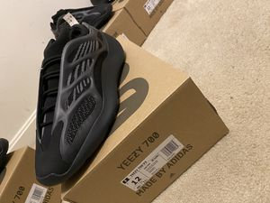 Yeezy V3 700 Alvah never worn for Sale in Jessup, MD