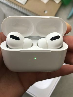 Brand new bluetooth wireless earphones headphones with portable charging case wireless charging GPS hands free calls for Sale in Davie, FL