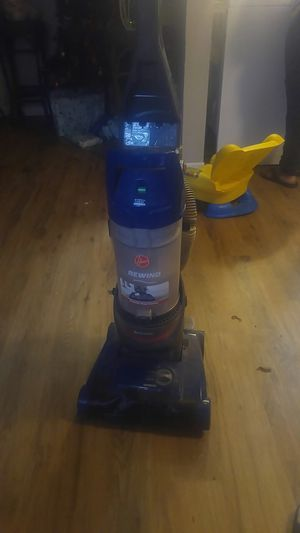 Vacuum cleaner like new only used 3 times and i got a new floor dont need it anymore works great for Sale in Austin, TX